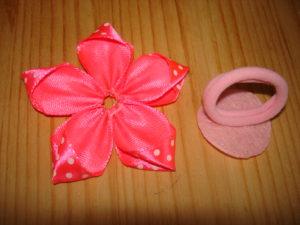 цветы канзаши из ленты 2,5 см простой цветок канзаши